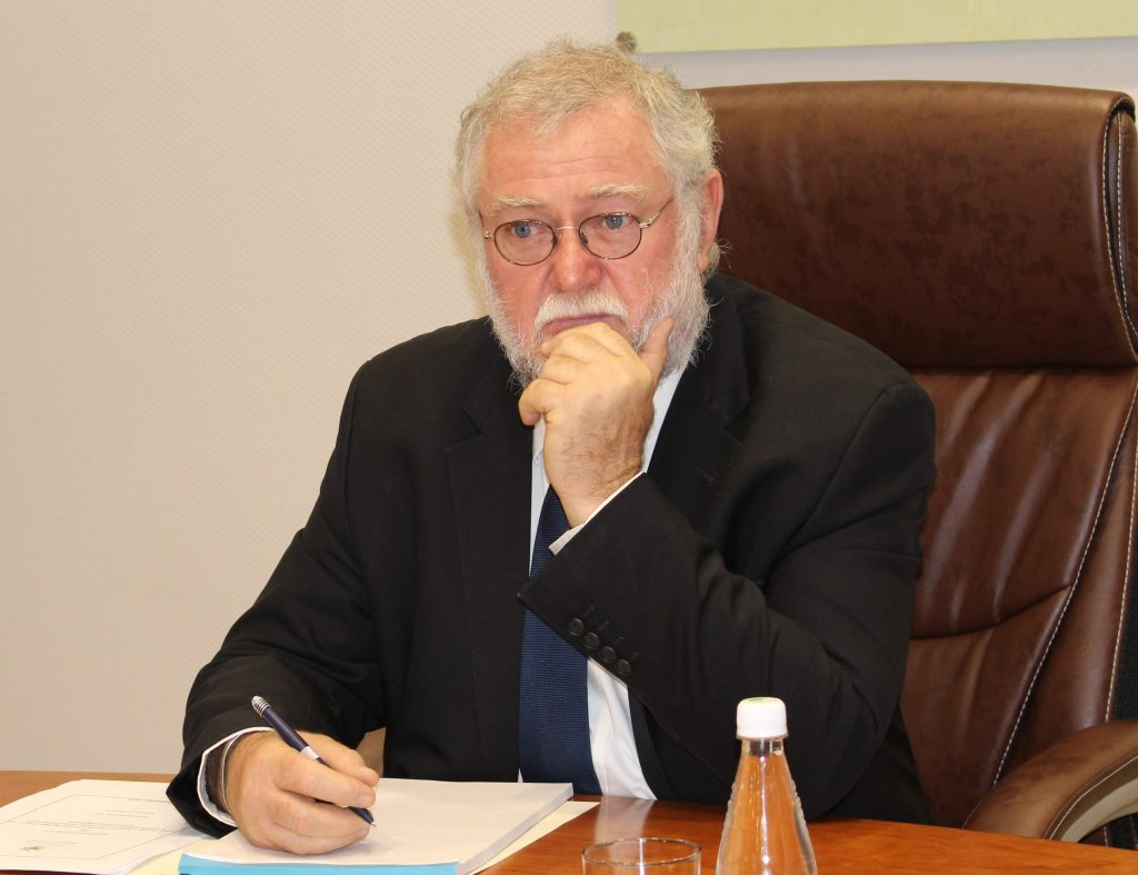Finance Minister Calle Schlettwein 1024x787
